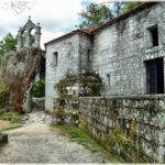 Monasterio de San Pedro de Rocas, en Esgos